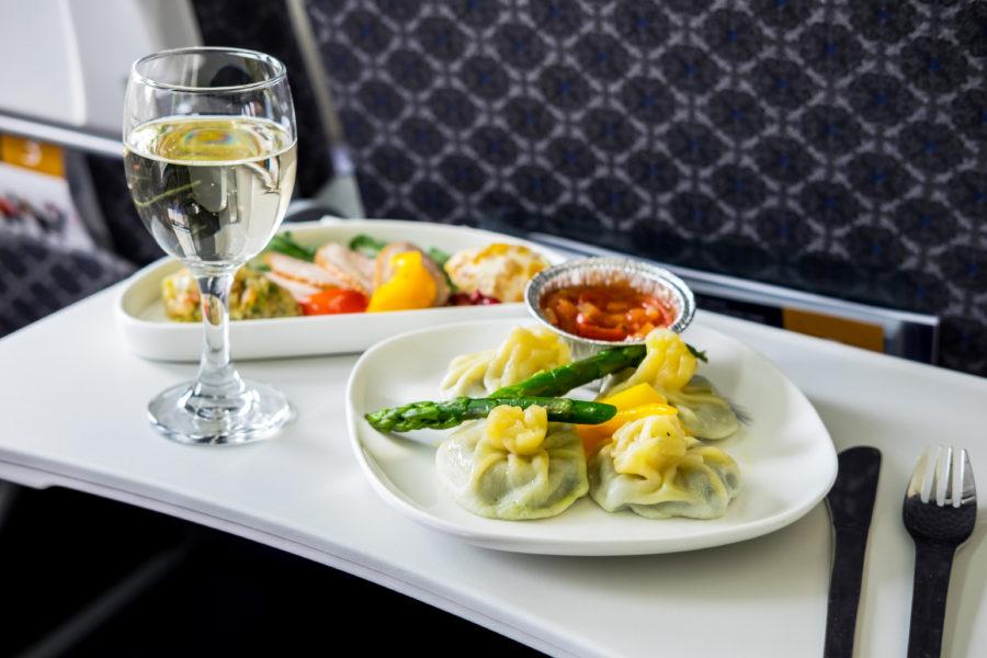 En los aviones se come muy bien y te lo enseña Inflight Feed