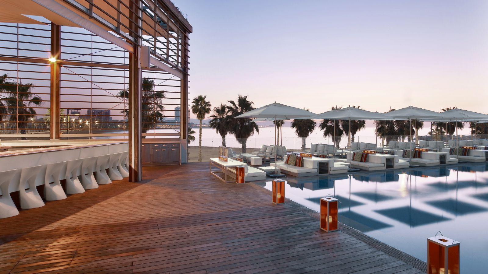 Las mejores terrazas de hoteles de espa a lovely streets for Terrazas de hoteles en barcelona
